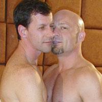 Senior et gay video bareback hardcore pour 2 hommes seniors gays !