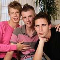 Partouze bareback entre gays minets de 20ans