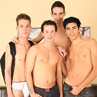 Soirée partouze bbk gay entre 4 jeunes étudiants homo nokpote !