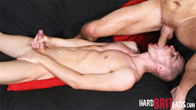Hung Muscle Dad, Sam Porter & Ripped Horny Bottom, Seb Evans